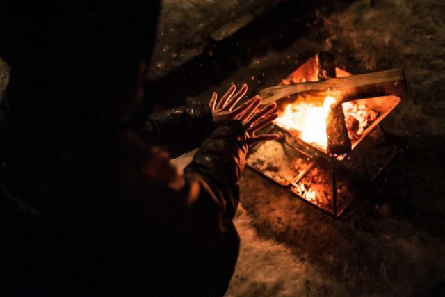 定山渓自然の村キャンプ場の焚き火の風景