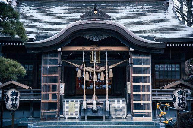 湯倉神社とは