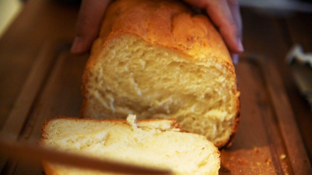 シロカSB-111ホームベーカリーで作った食パンの写真