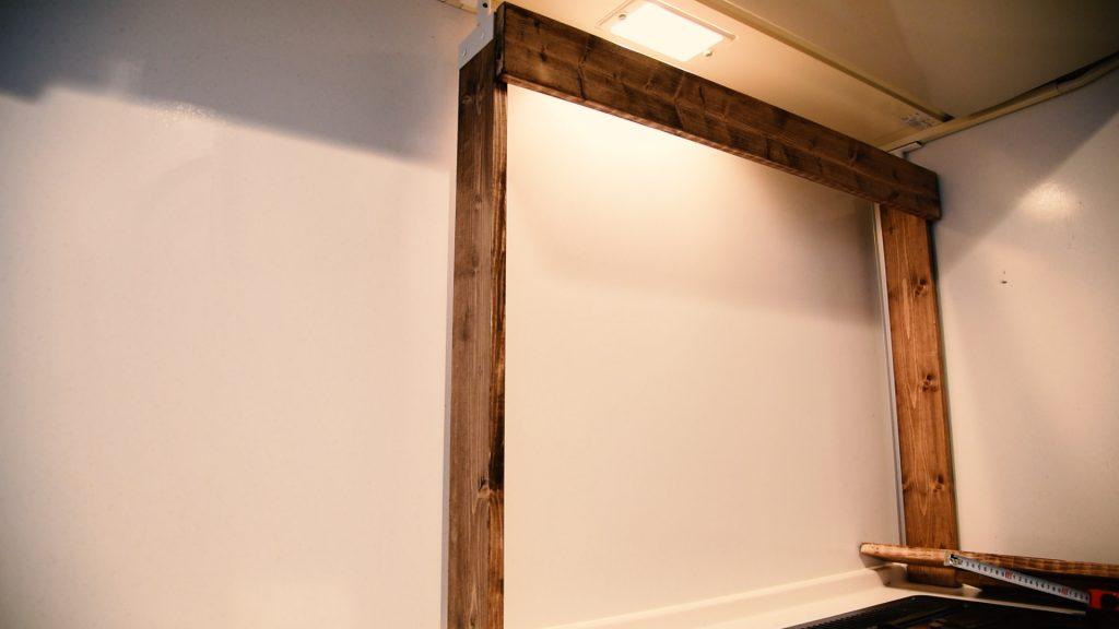 ラブリコを使って作った棚の枠組み