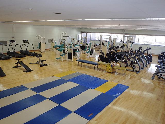 中島体育センター:トレーニング室