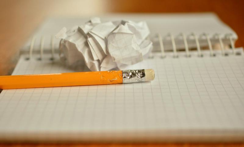 読みにくい文章を書くと、自分が損する。