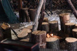ワンダーランドサッポロで焚き火をしている写真