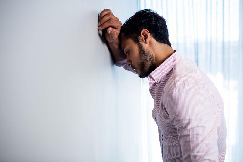 仕事のストレスで胃が痛くなる理由は「わからないこと」があるから