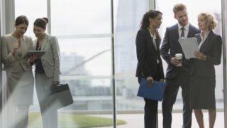 仕事の人間関係に疲れた人が楽になる4つのコツ。その人間関係、必要ですか?