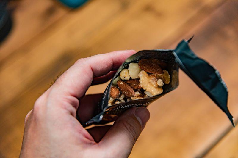 Amazonでミックスナッツを買うなら、エブリデイナッツがコスパ最高