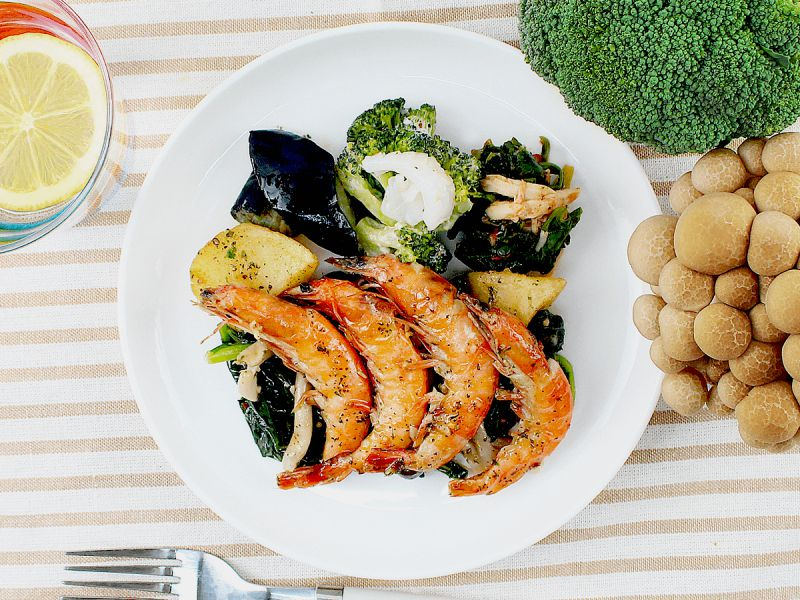 宅配食のnosh(ナッシュ)のガーリックバジルシュリンプ弁当の公式写真