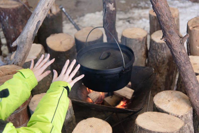 ワンダーランドサッポロの冬デイキャンプの様子