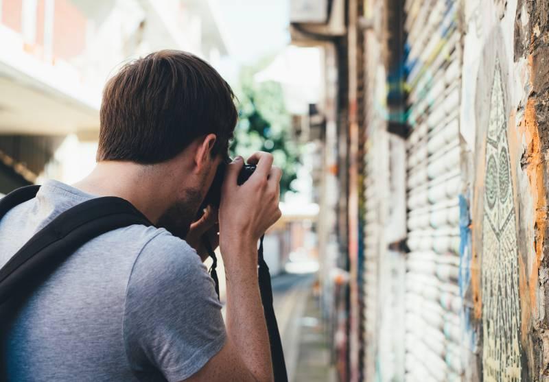 写真を撮って稼ぐ
