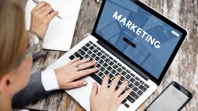 【徹底比較】転職向けwebマーケティングスクール4選。未経験者にもおすすめ