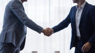 会社を辞めさせてくれない理由とは?最速で辞める3つの対処法を解説